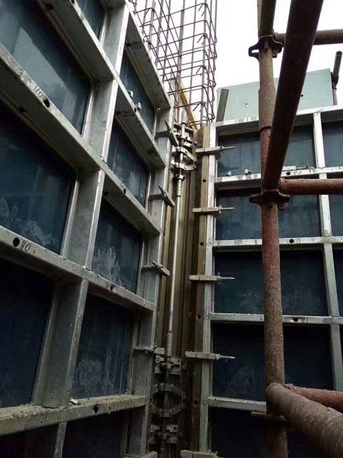 电梯井内部