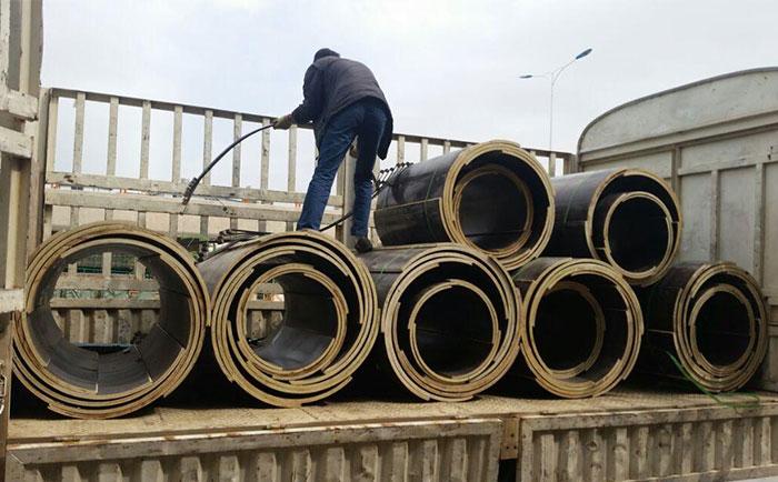 混凝土圆柱木模板每平方米重量 对比圆柱钢模板重量轻
