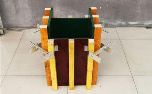 方柱扣安装步骤 建筑方柱扣施工方案